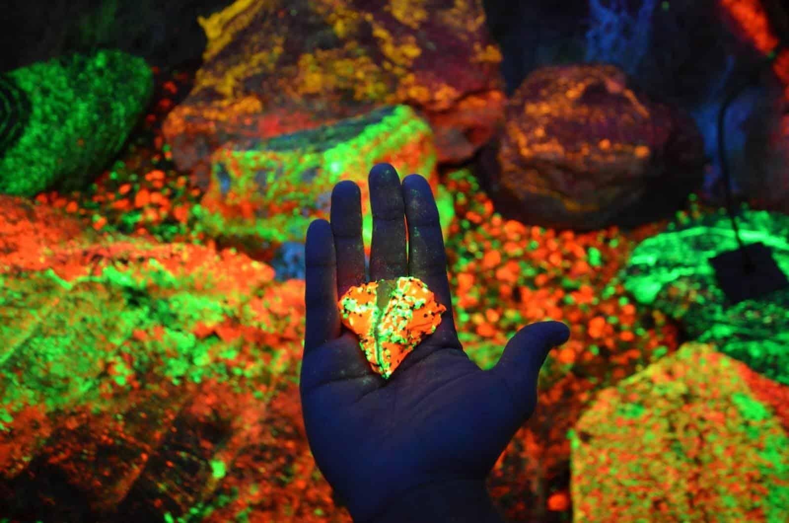 Minéraux luminescents