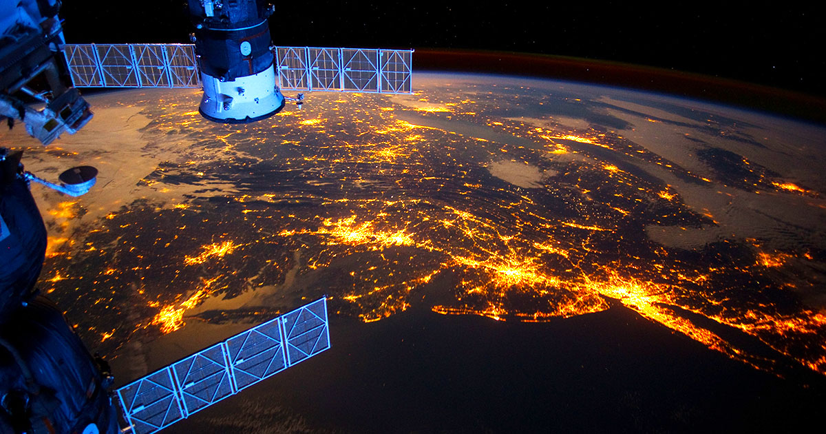 Earth view from the ISS in time lapse