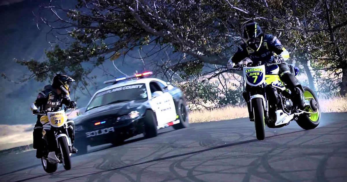 Des motards au talent spectaculaire