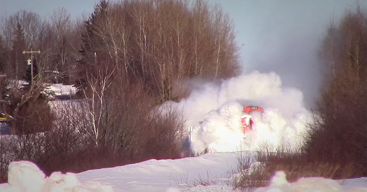 Un train «chasse-neige»