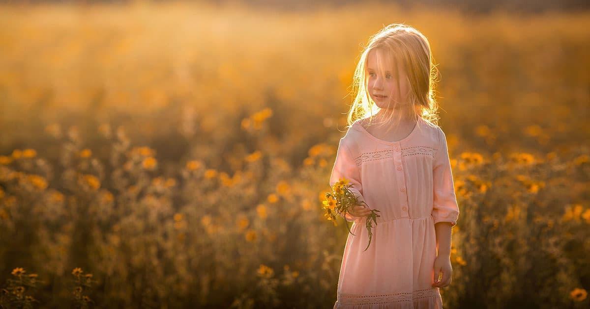 heartwarming Photos of Children and Their Pets by Elena Shumilova